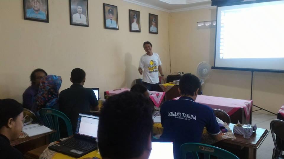 blogger banyumas pelatihan karang taruna desa ajibarang kulon