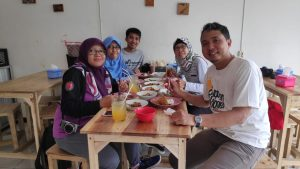 DXWR #2 Authentic Food purwokerto